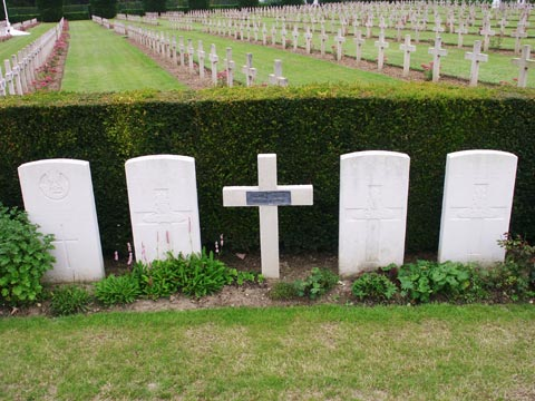 A French soldier lies here as opposed to next door