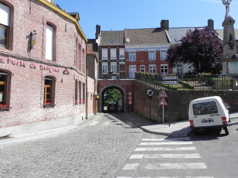 The Dunkerque gate