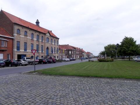 Mesen square