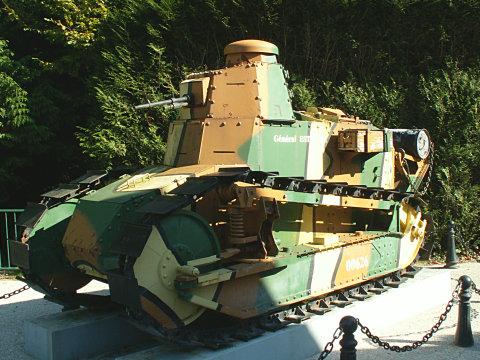 The Renault F 17 Tank : Général Estienne