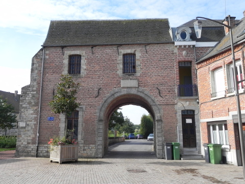 The old château gate