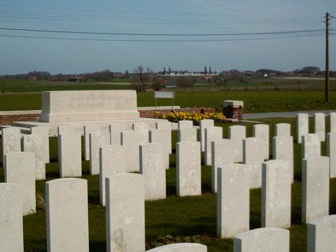 Dochy Farm New British Cemetery