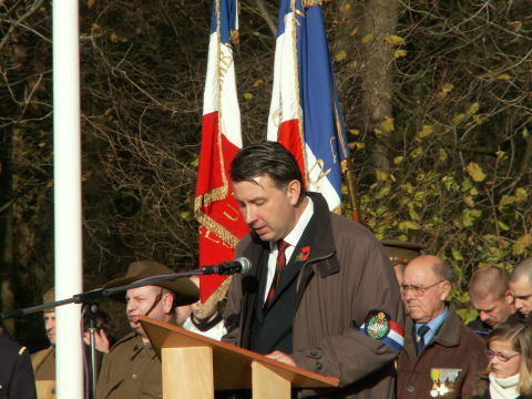 Philippe Gorczynski describes the monument