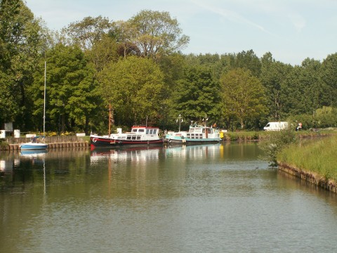 The lock on the Lys at St Venant